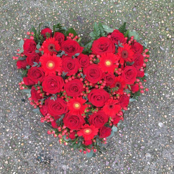 Un cœur de roses rouges