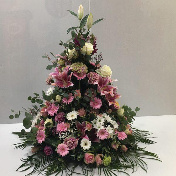 composition conique rose